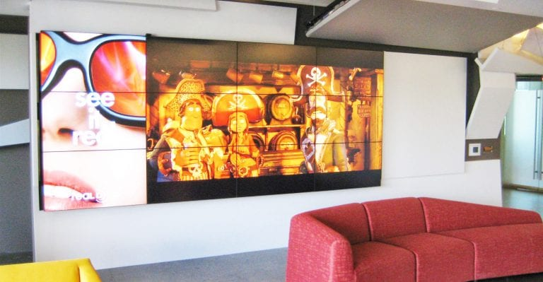 reald-4×3-video-wall-1-times