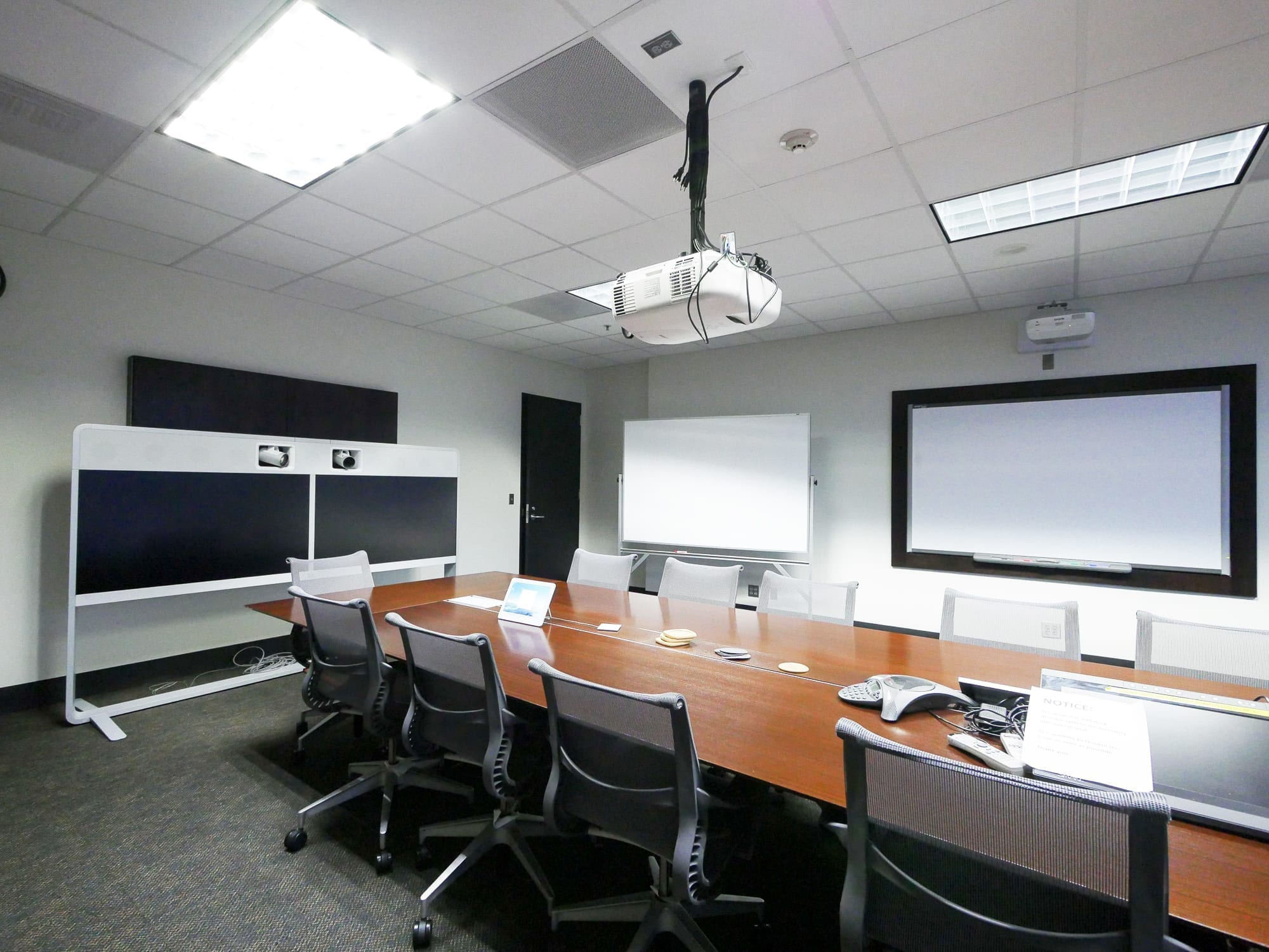 metro-conference-room-before2